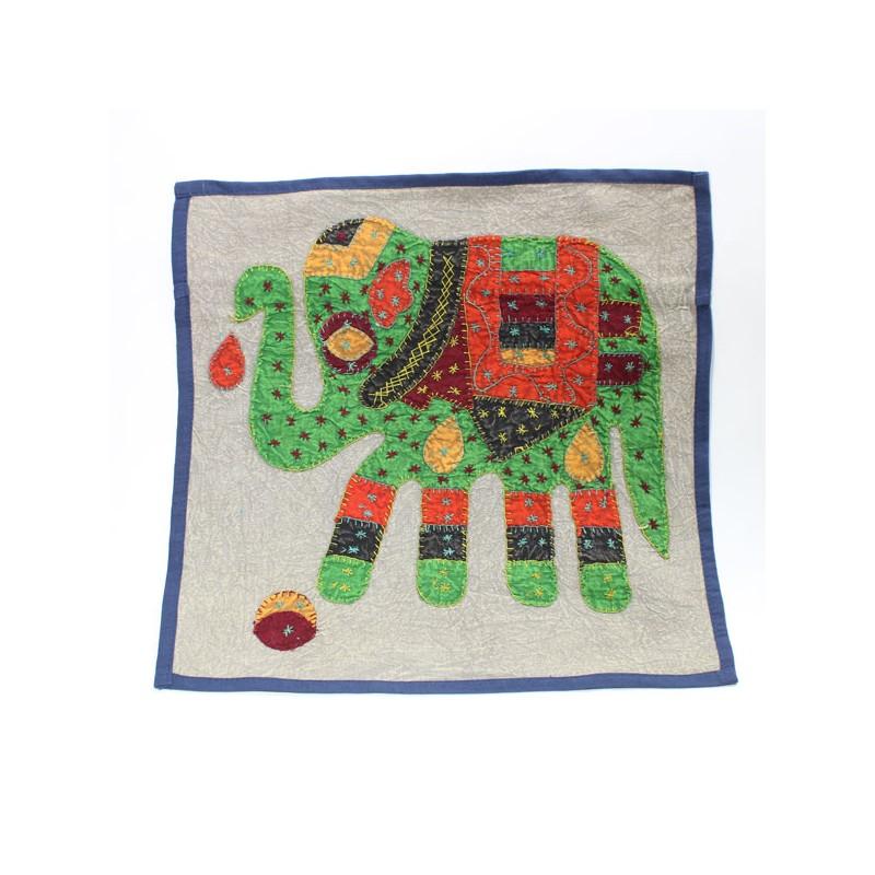 housse de coussin patchwork el phant boutique indienne. Black Bedroom Furniture Sets. Home Design Ideas