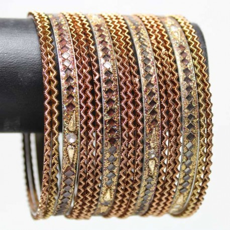 17 Bracelets Traditionnels - Adulte 7 cm