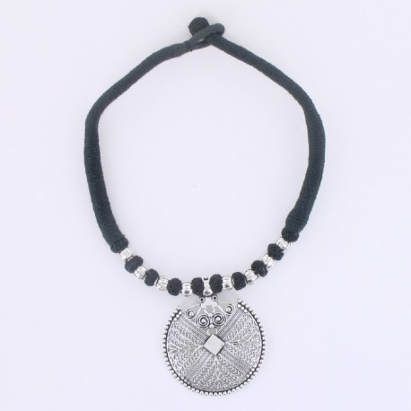 Collier Indien coton noir