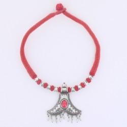 Collier indien coton rouge pendentif