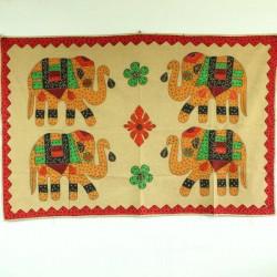 Broderie 4 Eléphants